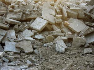 鹿児島、土地売却目的のアパート解体工事