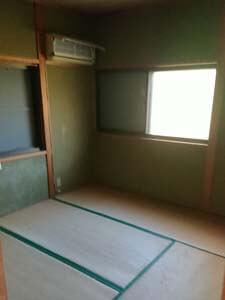 空き家解体前の内部の様子