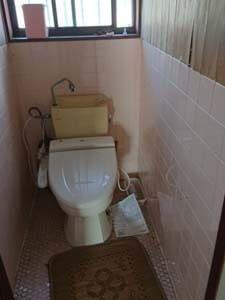 内装解体前の室内の様子 トイレ