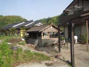 木造小屋解体工事:解体前1